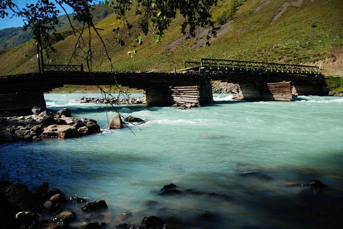 新疆旅游住宿攻略 新疆旅游注意事项