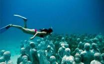 从小到大我们去参观过各地各样的博物馆,那么你有见过水下博物馆吗?水下博物馆是一个怎么样的存在,它和水族馆,海洋世界之类的