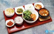 韩国一顿饭大概多少钱