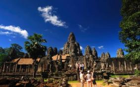 柬埔寨能租车吗 暹粒包车多少钱
