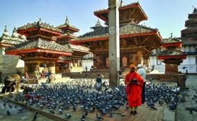 尼泊尔滑翔伞玩一次多少钱