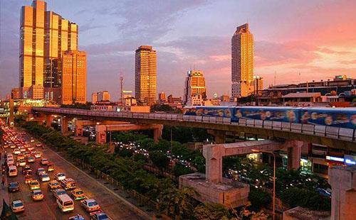曼谷住考山路还是暹罗区比较好