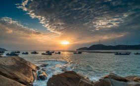 东山岛和厦门哪个好玩