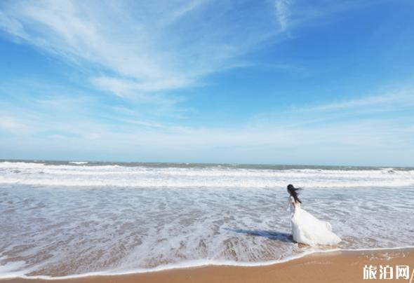 去海边穿什么衣服拍照好看 去海边穿什么颜色好看