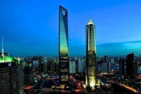 上海环球金融中心和东方明珠哪个好玩