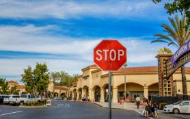 美國自駕注意事項+交通規則