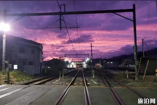 日本海貝思臺風前夕紫色天空