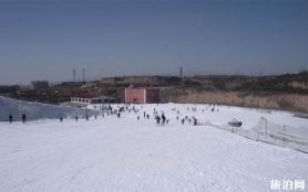 太原五龍滑雪場滑雪租借物品收費 滑雪票中包含有雪鞋嗎