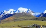 念青唐古拉山海拔多少米 唐古拉山和纳木错的传说