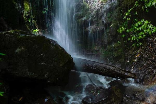 什邡石门洞景区图片 什邡石门洞景区照片