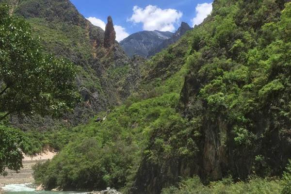 巴拉格宗香格里拉大峡谷景区怎么样 巴拉格宗香格里拉大峡谷游玩攻略