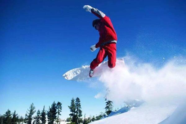 國內滑雪場哪個最好玩 長白山滑雪度假村推薦
