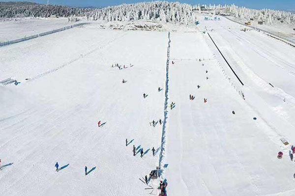 重慶仙女山滑雪場開放時間2020