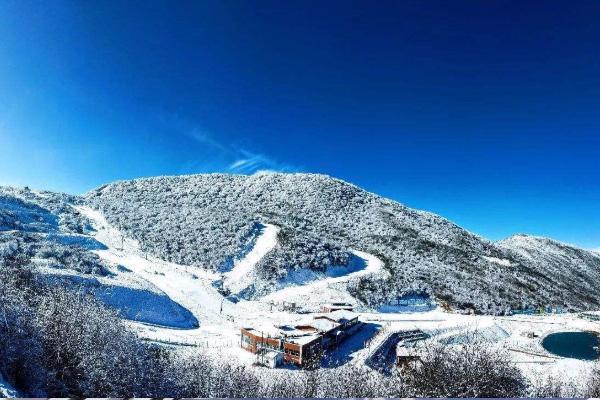 2020-2021峨眉山滑雪场开放时间 峨眉山下雪时间