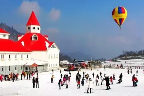 成都周边滑雪场哪个好 成都周边滑雪推荐地