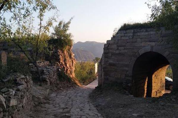 2020中華石城旅游攻略 中華石城門票交通及地址