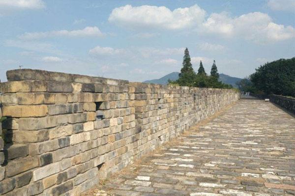 南京明城墙徒步路线推荐 年卡怎么办