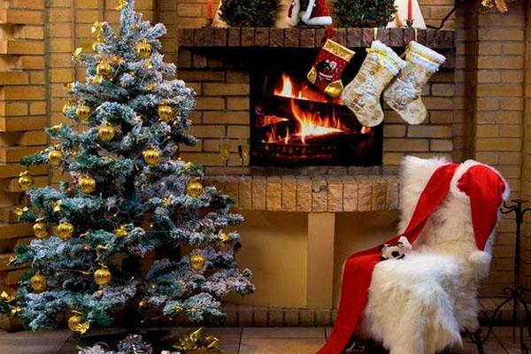圣诞节和平安夜是同一天吗 哪个更隆重