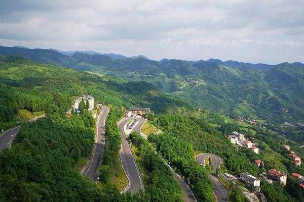 貴州哪里好玩風景又好 貴州自駕游路線推薦