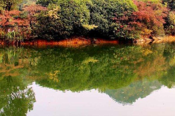 東明湖在哪里 東明湖旅游攻略