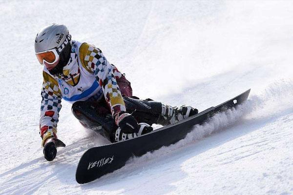 滑雪為什么要戴護目鏡 護目鏡起霧怎么辦