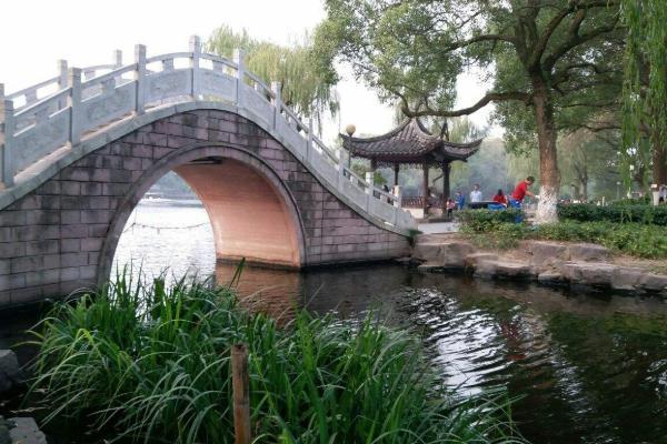 宁波月湖公园需要票吗? 宁波月湖公园有什么景点?