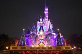 去迪士尼穿裙子方便吗 去上海迪士尼可以穿公主裙吗